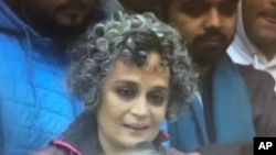 ارون دتی رائے، بھارتی مصنفہ اور حقوق انسانی کی علمبردار