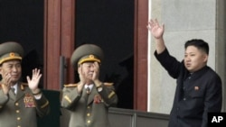 朝鲜新领导人金正恩在纪念金日成冥诞100周年时讲话