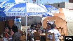 蒙古经济依赖中国,乌兰巴托街头。(美国之音白桦拍摄)