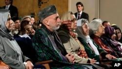 رئیس جمهور حامد کرزی به تازگی از ملاها خواسته در محو خشونت علیه زنان کمک کنند