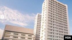 Một tòa nhà trong campus đại học Tôn Đức Thắng. (Hình: Trích xuất từ trang nhà https://www.tdtu.edu.vn/)