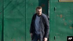 Ruski opozicioni lider Aleksaj Navalni napušta zatvor u Moskvi