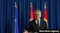 Predsednik Srbije Tomislav Nikolić na vanrednoj konferenciji za novinare, Beograd, 1. april 2014.