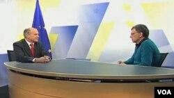 Valentin Inzko u razgovoru sa dopisnikom Glasa Amerike Elvirom Bucalom