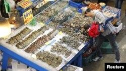 Chợ cá bán sĩ ở Seoul, Nam Triều Tiên