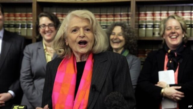 Edie Windsor speaks to reporters at the offices of the New York Civil Liberties Union, in New York City