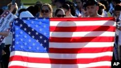 Marchas por todo Estados Unidos reclaman la pronto discusión de la reforma migratoria en el Senado.