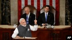صدراعظم هند گفته است که همکاری میان امریکا و هند می تواند راهکار موثر در راستای مبارزه بر ضد دهشت افگنی باشد.