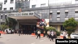 Gedung Polda Metro Jaya di Jakarta. (Foto:VOA/Sasmito)