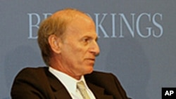 曾任奧巴馬總統國家安全顧問的杰弗里.貝德