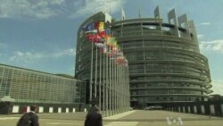 EU Edges Toward Banking Union as Greece Gets New Bailout