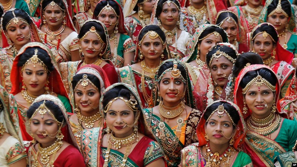 اعتراض جوانان در هند علیه آزمایش بکارت عروس ها