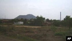 Artisanal copper mine near Lubumbashi