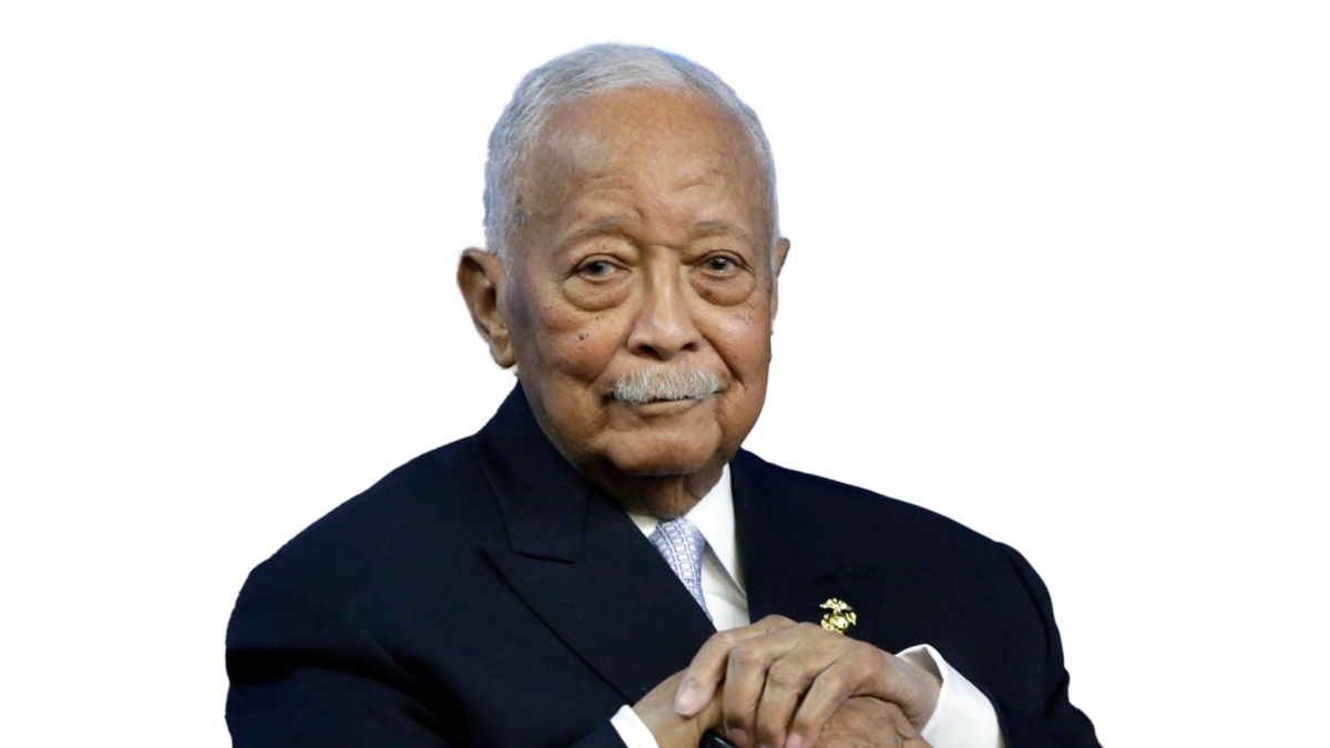 e0kz3pblban49m https www voazimbabwe com a nycs first african american mayor david dinkins has died 5674561 html