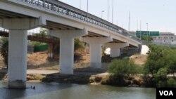 Río Grande visto desde la propiedad del Granjero Ricardo Guerra, de Texas, Estados Unidos [Foto: Celia Mendoza]