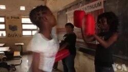 Au Malawi, les filles apprennent le Self-defense