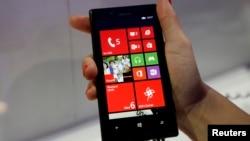 El nuevo Nokia Lumia 720 ha tenido tanto éxito como para competir con Samsung o Apple en el mercado de los teléfonos inteligentes. Veremos qué pasa con la llegada de Microsoft.