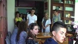 Vota e parë për 180 mijë të rinj, nxënësit në leksion demokracie