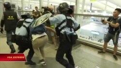 Cảnh sát, người biểu tình đụng độ tại sân bay Hong Kong