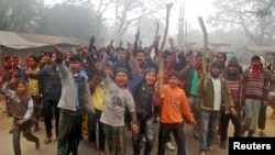 Bangladesh Elections Marred by Clashes, Low Voter Turnout