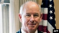 Phát ngôn viên Bộ Ngoại giao Hoa Kỳ P. J. Crowley chính quyền hy vọng các công ty tư sẽ ủng hộ khi chính phủ đưa ra những thể thức chính trị đúng đắn để thuyết phục Iran ngừng hoạt động hạt nhân