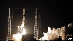 Lansiranje rakete Spejs iks