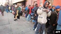 Рецессия дала прирост бедного населения США