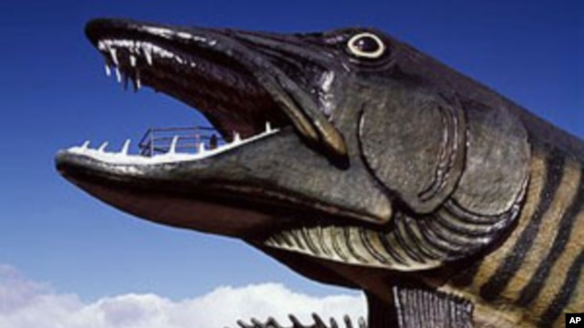 You'll find this fiberglass muskie - a fierce lake fish - and the less fearsome sunfish outside the National Freshwater Fishing Hall of Fame in Wisconsin.