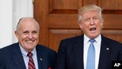 Контр-доповідь готує адвокат Трампа екс-мер Нью-Йорка та колишній прокурор Руді Джуліані