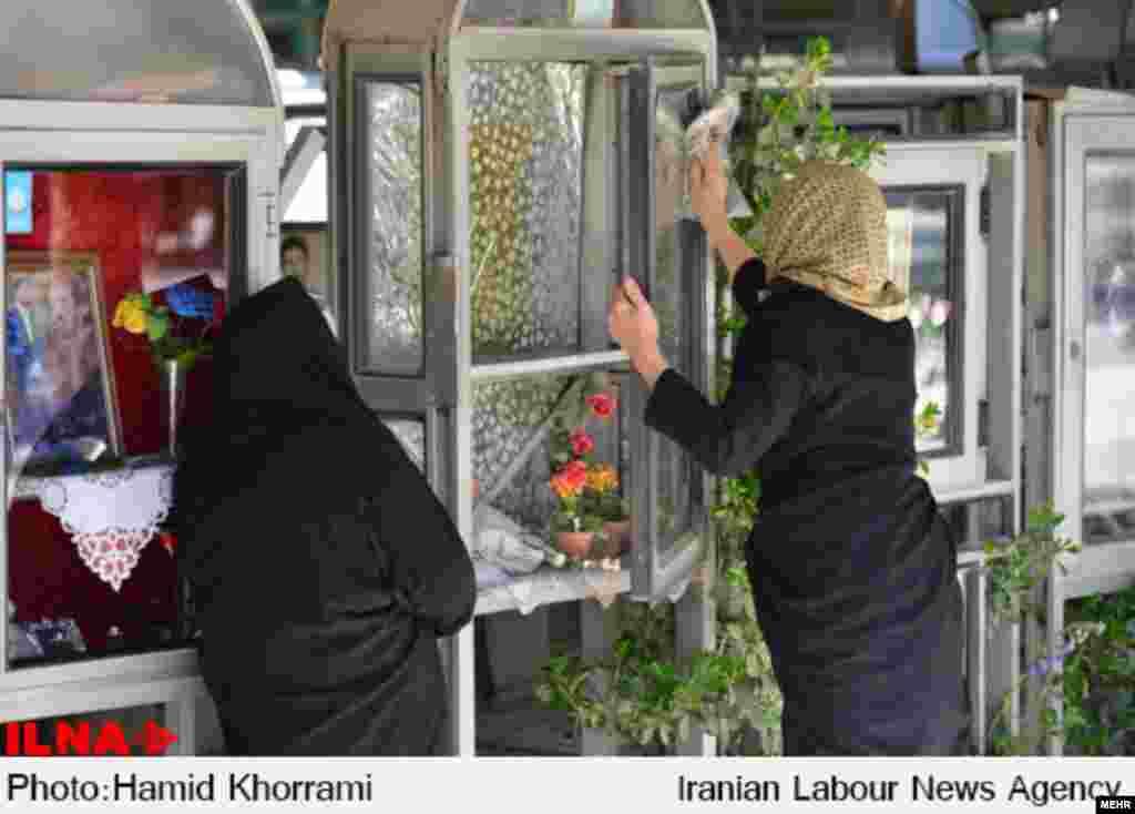 بهشت زهرای تهران در آخرین پنجشنبه سال