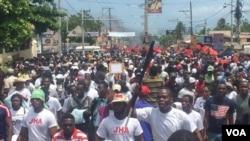 Anti-corruption protesters in the streets of Port-au-Prince, Haiti, June 9, 2019. (Matiado Vilme, VOA Créole)