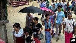 Người Karen tại một trại tị nạn ở Limbo, Thái Lan.