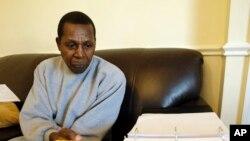 Léopold Munyakazi, professeur rwandais, lors d'une interview avec AP, le 2 février 2009.