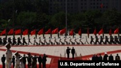 美国国防部长马蒂斯访问北京及首尔东京(25图)