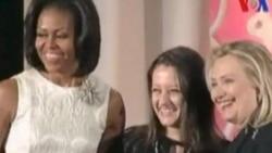 Clinton Şafak Pavey'e Ödül Verdi
