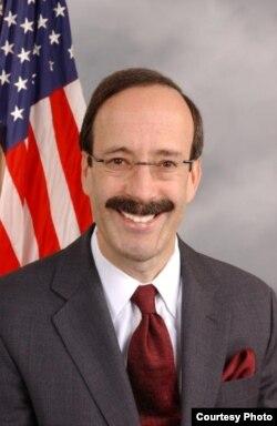 美国国会众议院外交委员会首席民主党议员艾略特.恩格尔
