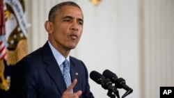 Presiden AS Barack Obama berbicara kepada para wartawan di Gedung Putih, Jumat (2/10).