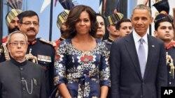 លោកស្រី Michelle Obama ភរិយាប្រធានាធិបតីសហរដ្ឋអាមេរិកនៅក្នុងអំឡុងទស្សនកិច្ចនៅប្រទេសឥណ្ឌា កាលពីថ្ងៃទី២៥ ខែមករា ឆ្នាំ២០១៥។
