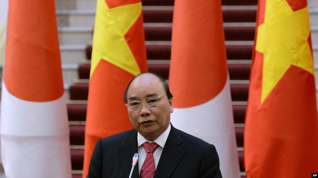Thủ tướng Nguyễn Xuân Phúc nói trong buổi họp báo với Thủ tướng Nhật Shinzo Abe ở Hà Nội hồi đầu năm 2017.