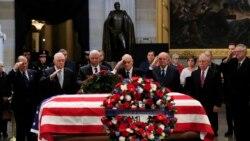 ကြယ္လြန္သူ ၄၁ ဦးေျမာက္ George Bush ကုိလႊတ္ေတာ္မွာ ႏုိင္ငံသားေတြ ဂါရ၀ျပဳ