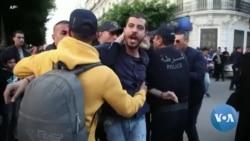 Manifestations contre le gouvernement intérimaire