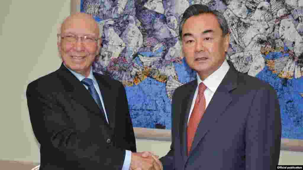 چین کے وزیر خارجہ وانگ یی جمعرات کو دو روزہ دورے پر پاکستان پہنچے۔