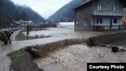 Poplave u mjestu Nemila, Zenica