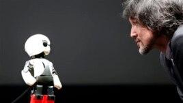 Kirobo, hap gjigand për robotët