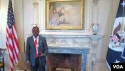 Alexandre Neto Solombe, fotografado durante uma visita ao Departamento de Estado, numa deslocação a Washington (foto de arquivo)