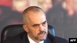 Opozita shqiptare shtyn zhvillimin e protestave të saj pas 8 nëntorit