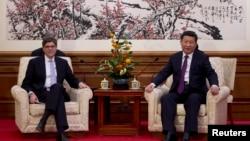 美國財政部長杰克‧盧11月15日在釣魚台國賓館會見中國國家主席習近平