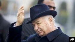 Presiden Uzbekistan Islam Karimov di Samarkand, Uzbekistan, 1 November 2015 (Foto: dok). Karimov tidak bisa mengikuti perayaan Hari Kemerdekaan negara itu, Kamis (1/9), karena masih terbaring di rumah sakit akibat stroke.