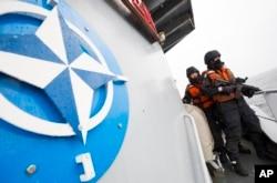 NATO harbiy kemasi, Germaniya dengizchilari, Boltiq dengizi