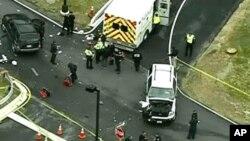 Giới hữu trách điều tra nơi xảy ra vụ nổ súng gần một cổng ra vào khu Ford Mead, Mariland, 30/3/15